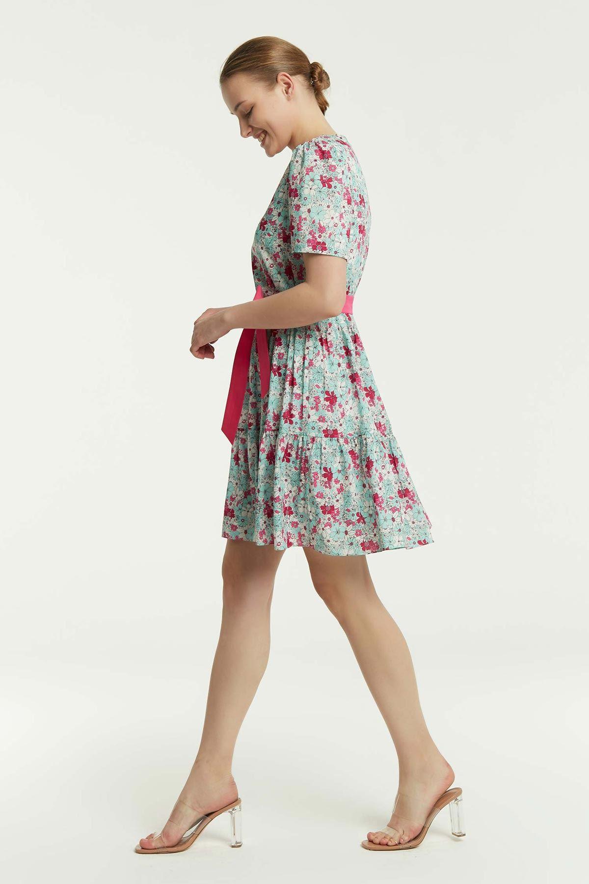 Çiçek Desenli Bel Büzgülü Elbise Multi