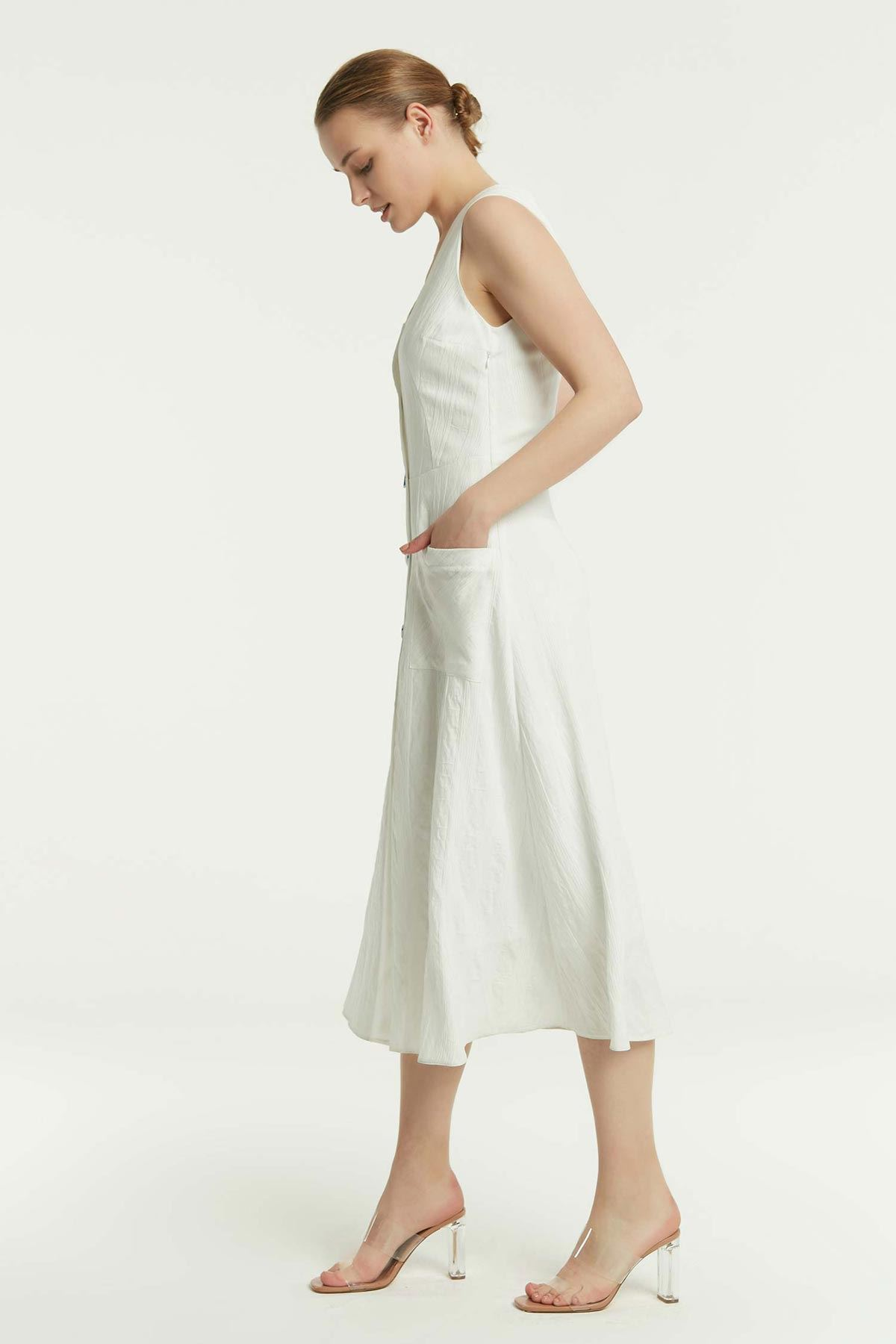 Düğme Kapama Kolsuz Elbise Beyaz