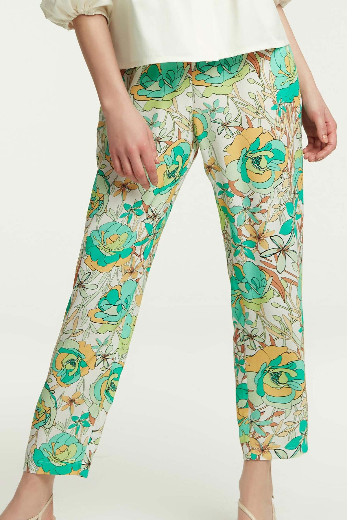 Beli Lastikli Çiçekli Pantolon Multi