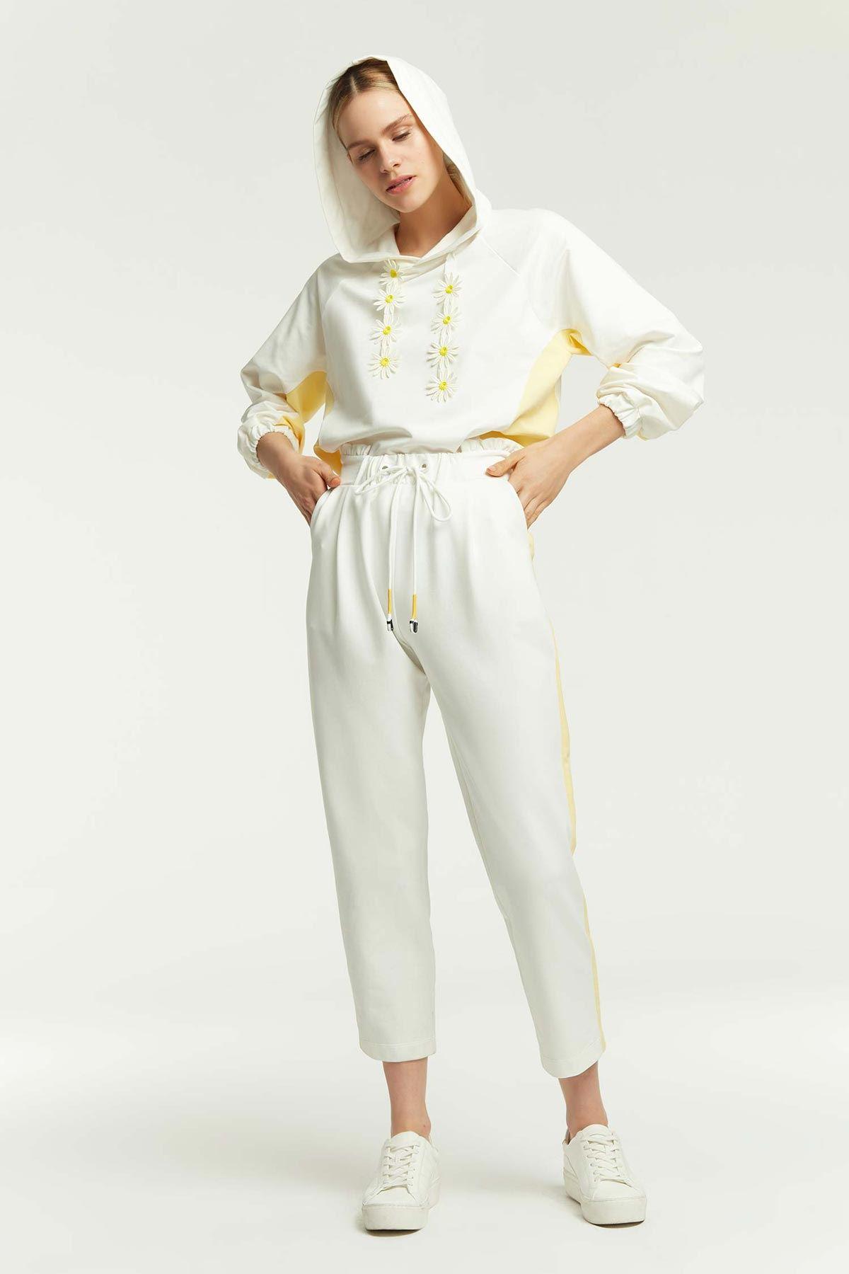 Yan Şeritli Joggıng Pantolon Beyaz