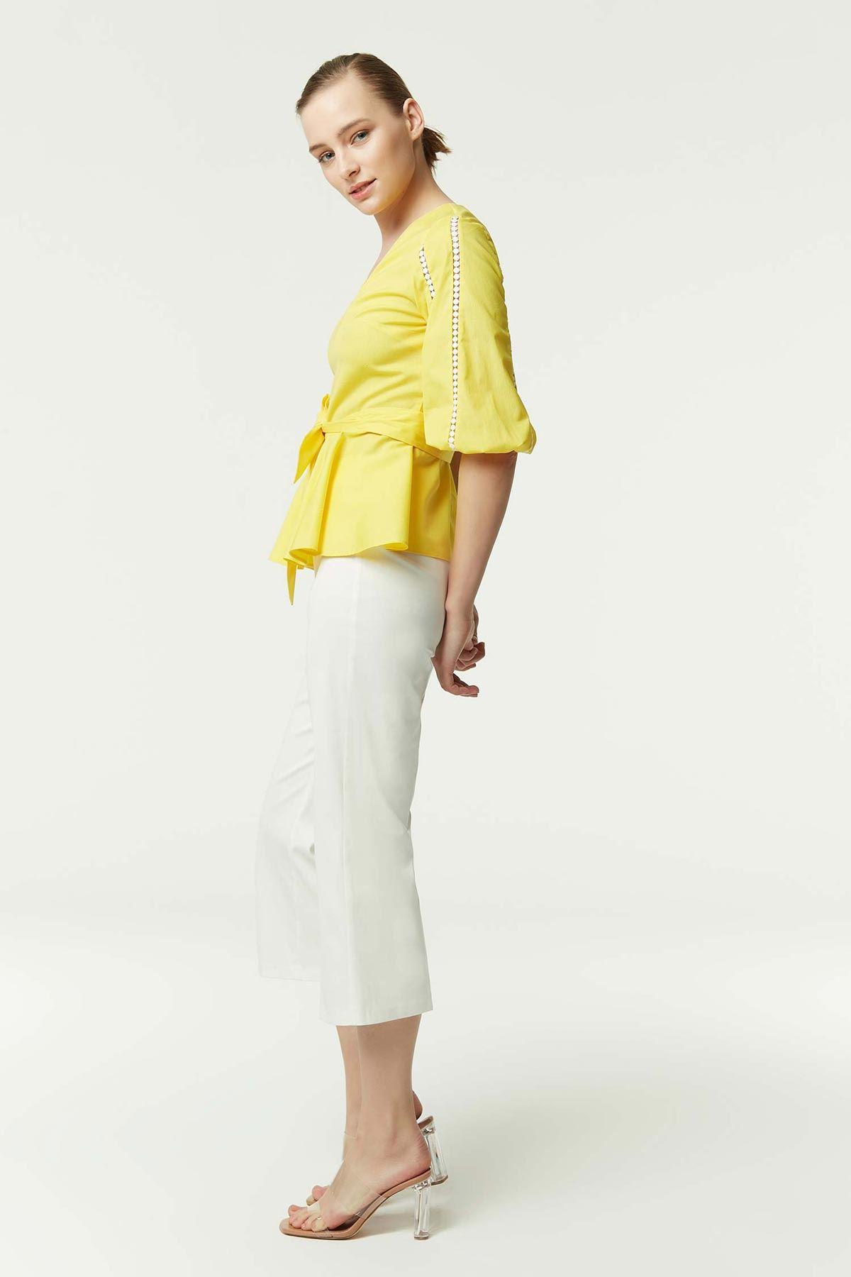 Kol Şerit Detaylı Kuşaklı Bluz Sarı