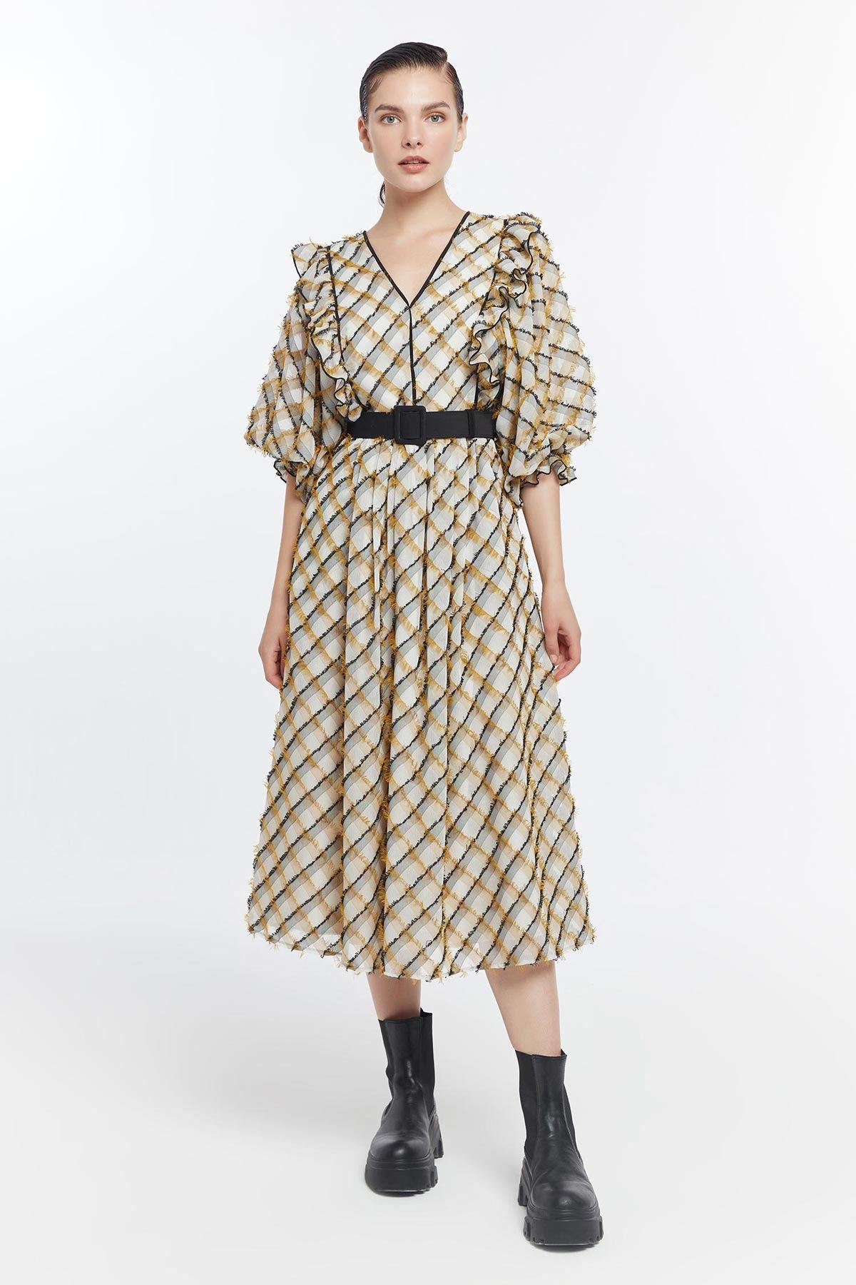 Balon kol püskül detaylı elbise Safran