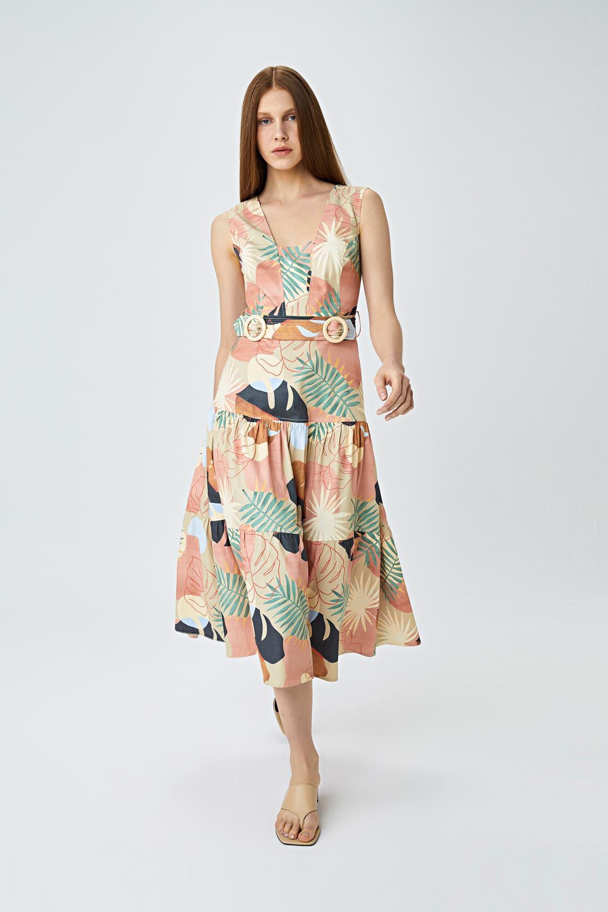 Kare yaka palmiye desenli elbise Bej