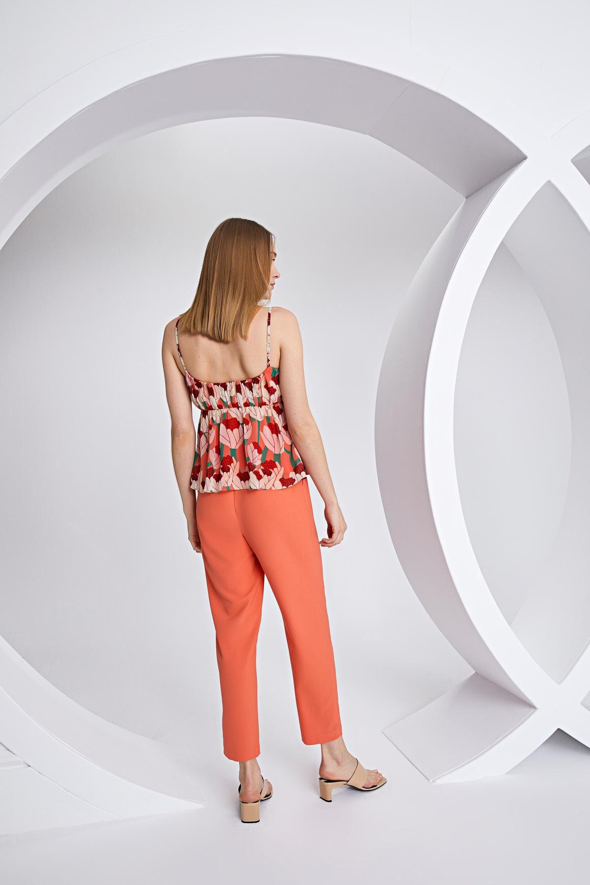 Yüksel bel kemerli pantolon Oranj