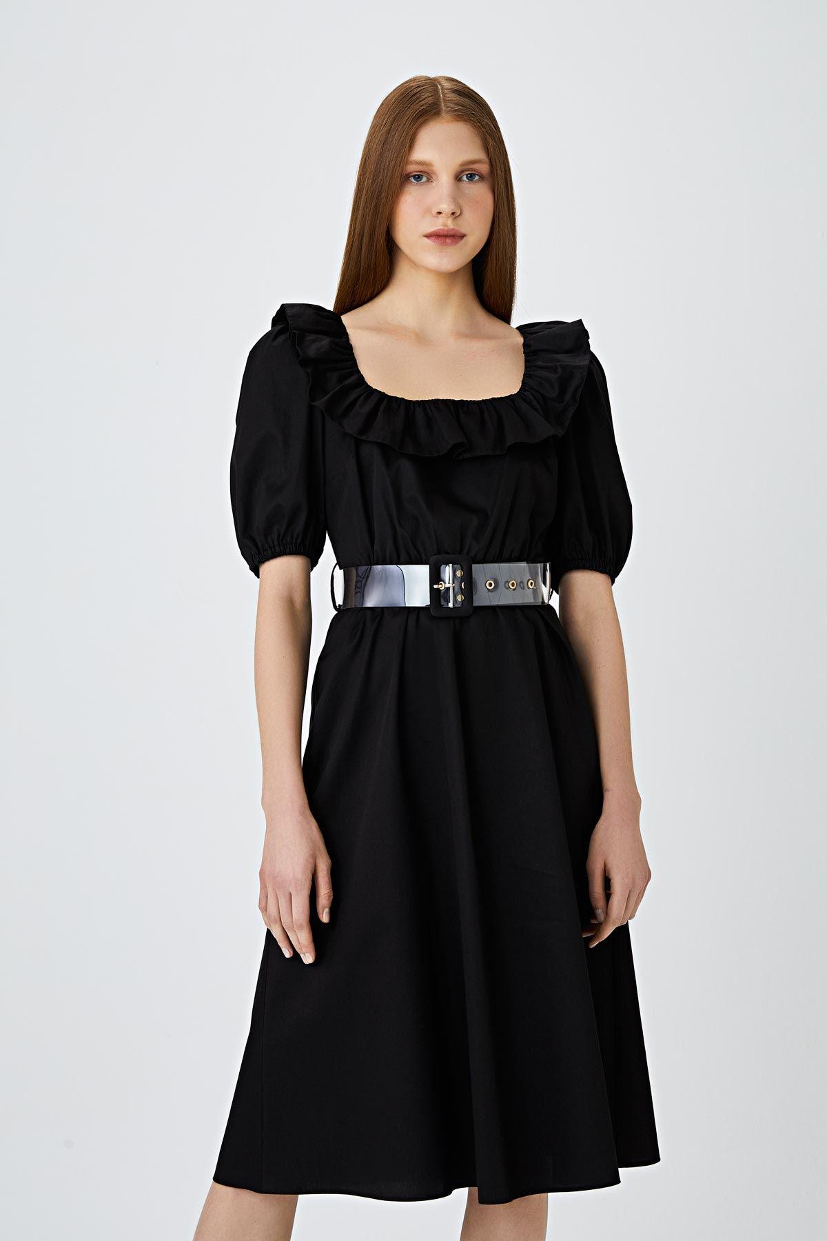 Fırfır şerit geçmeli kemerli elbise Siyah