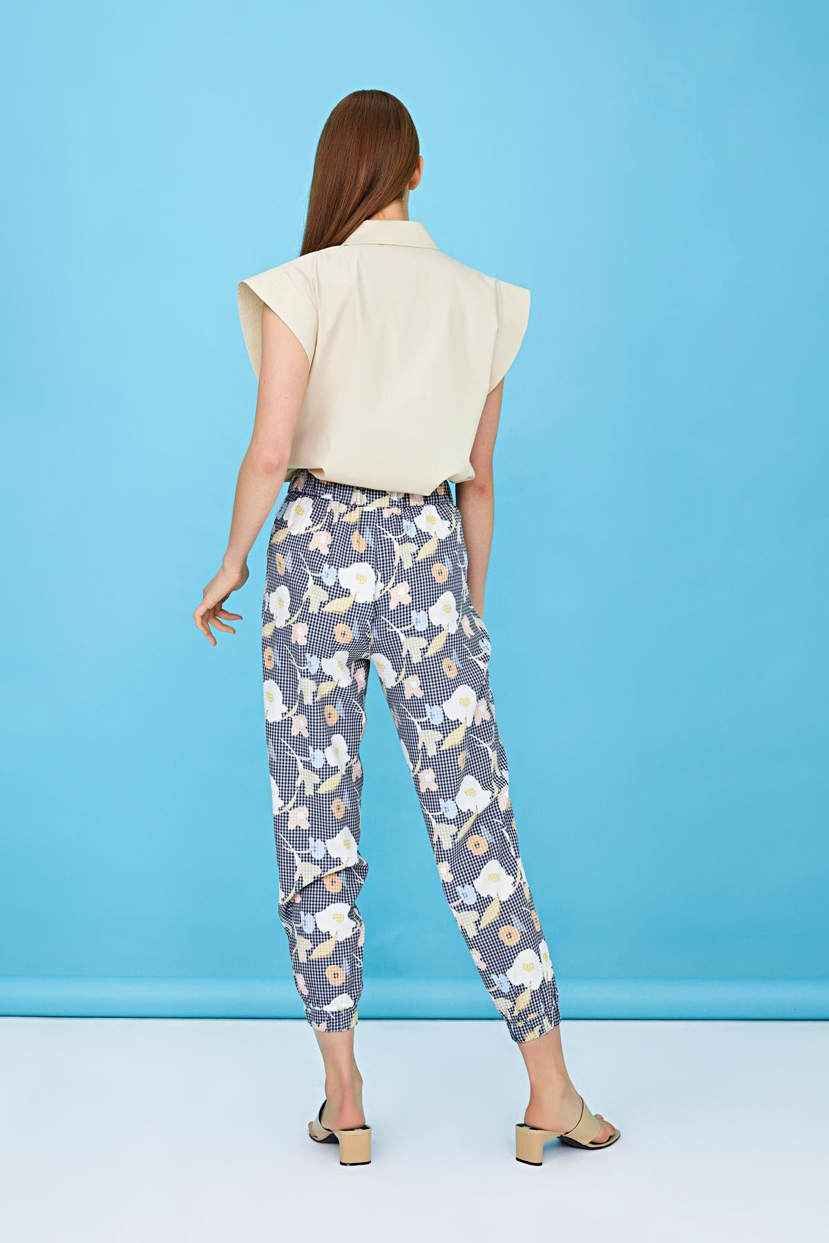 Çiçek desen havuç form pantolon Lacivert