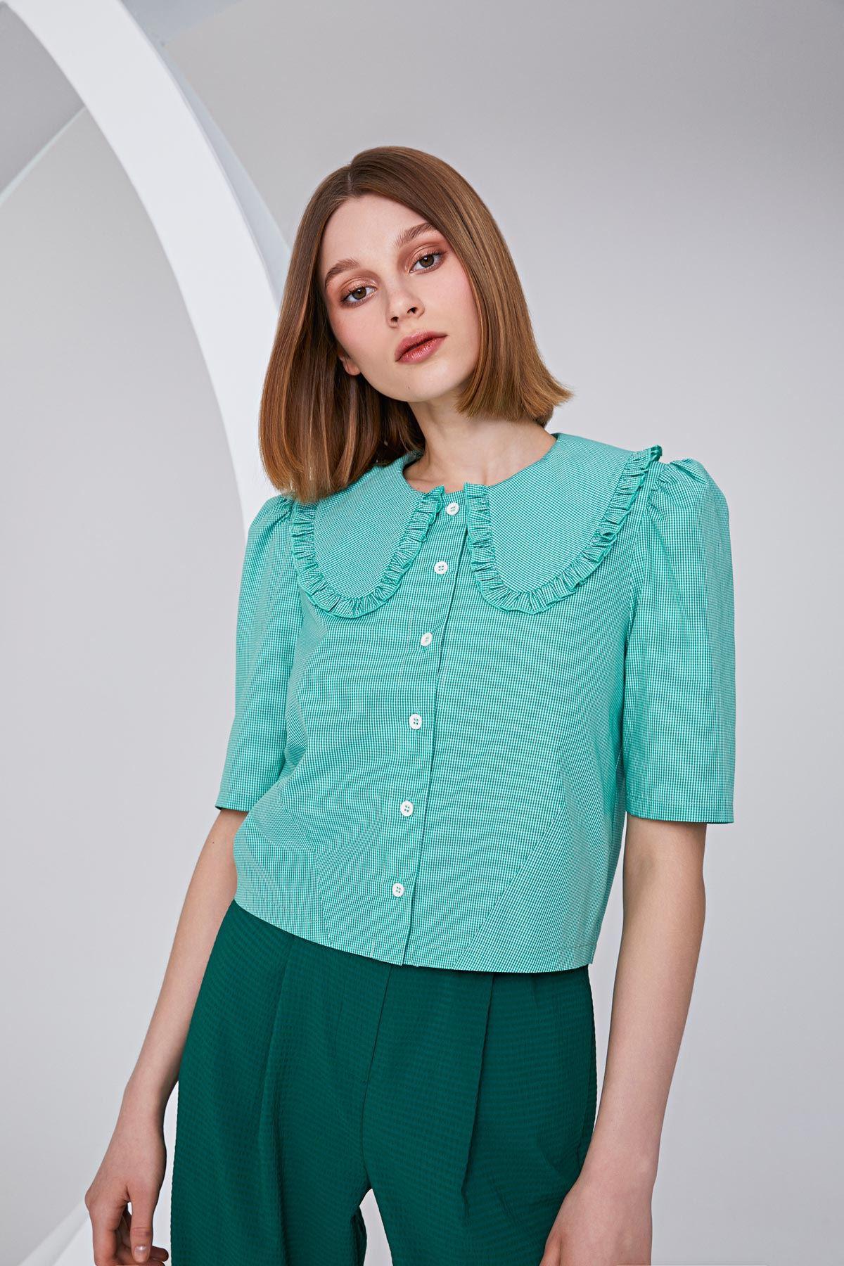 Geniş yakalı crop gömlek Mint
