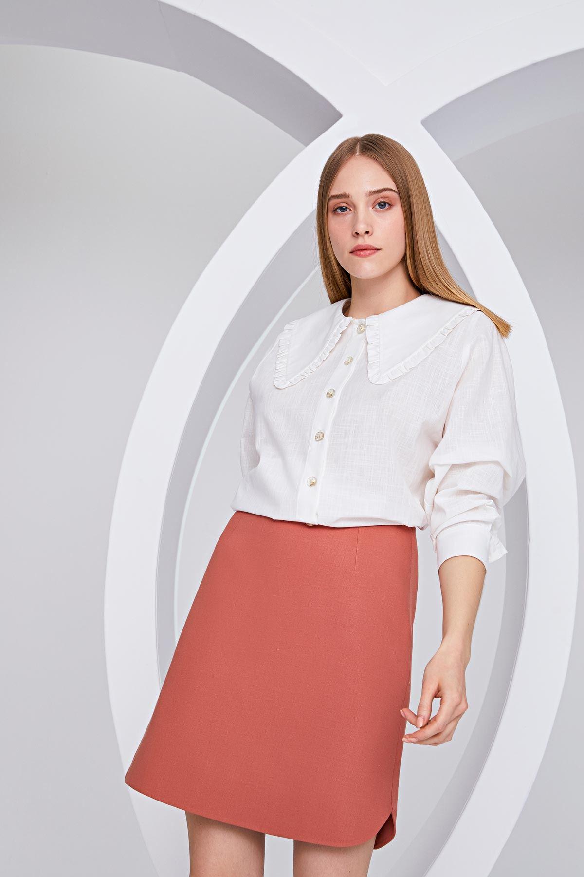 Geniş yakalı gömlek Beyaz