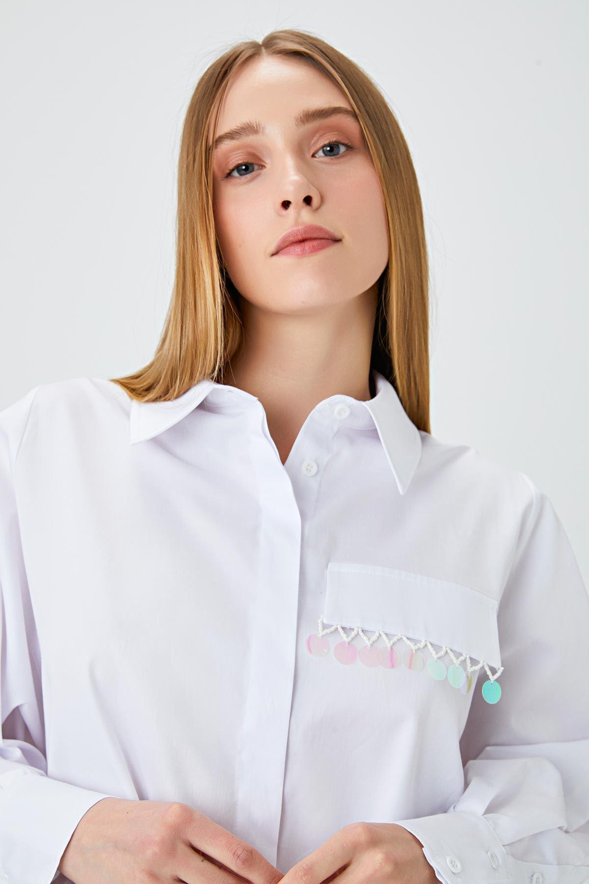 Pul şerit geçmeli oversize gömlek Beyaz
