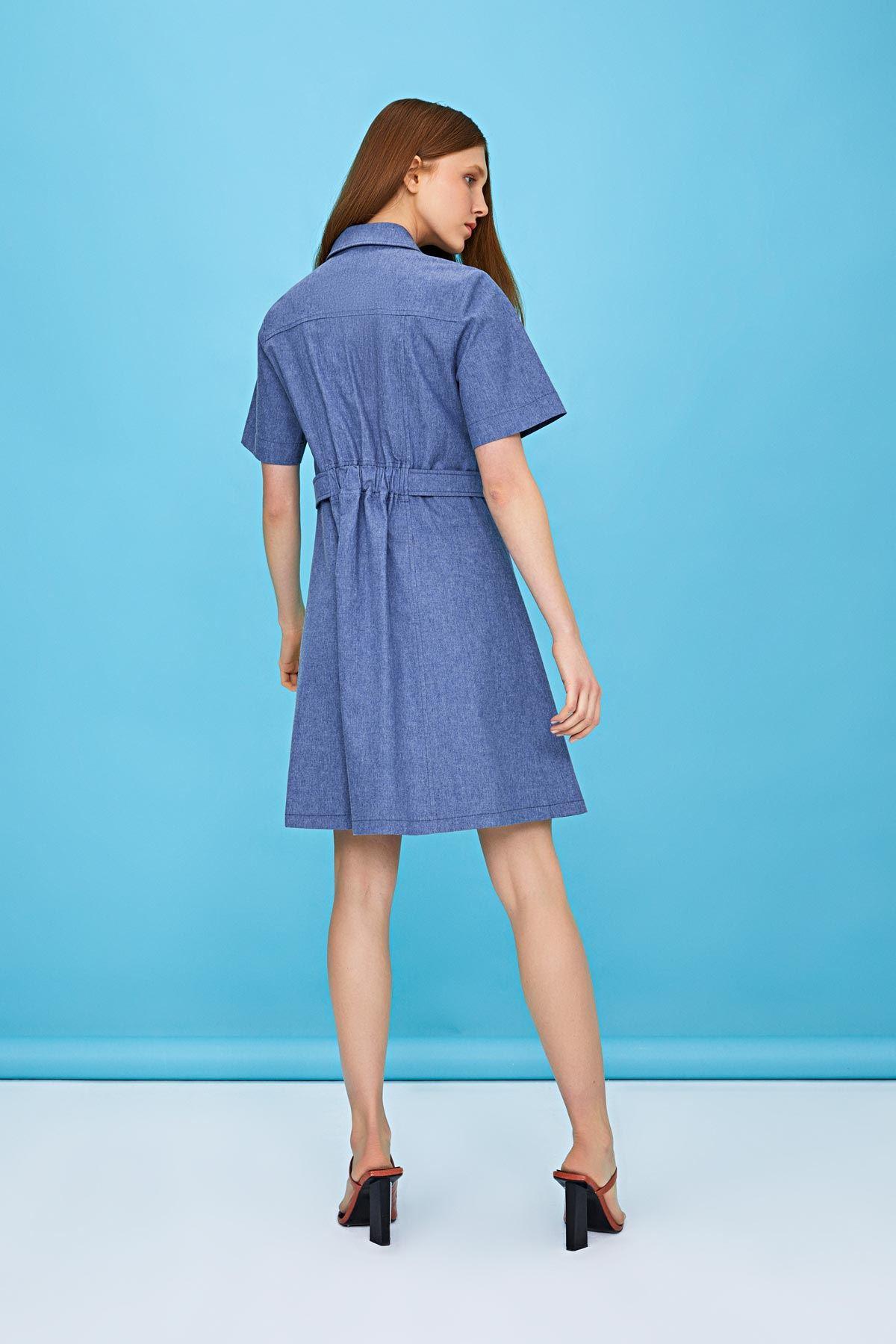 Önden düğmeli yıkamalı elbise Mavi