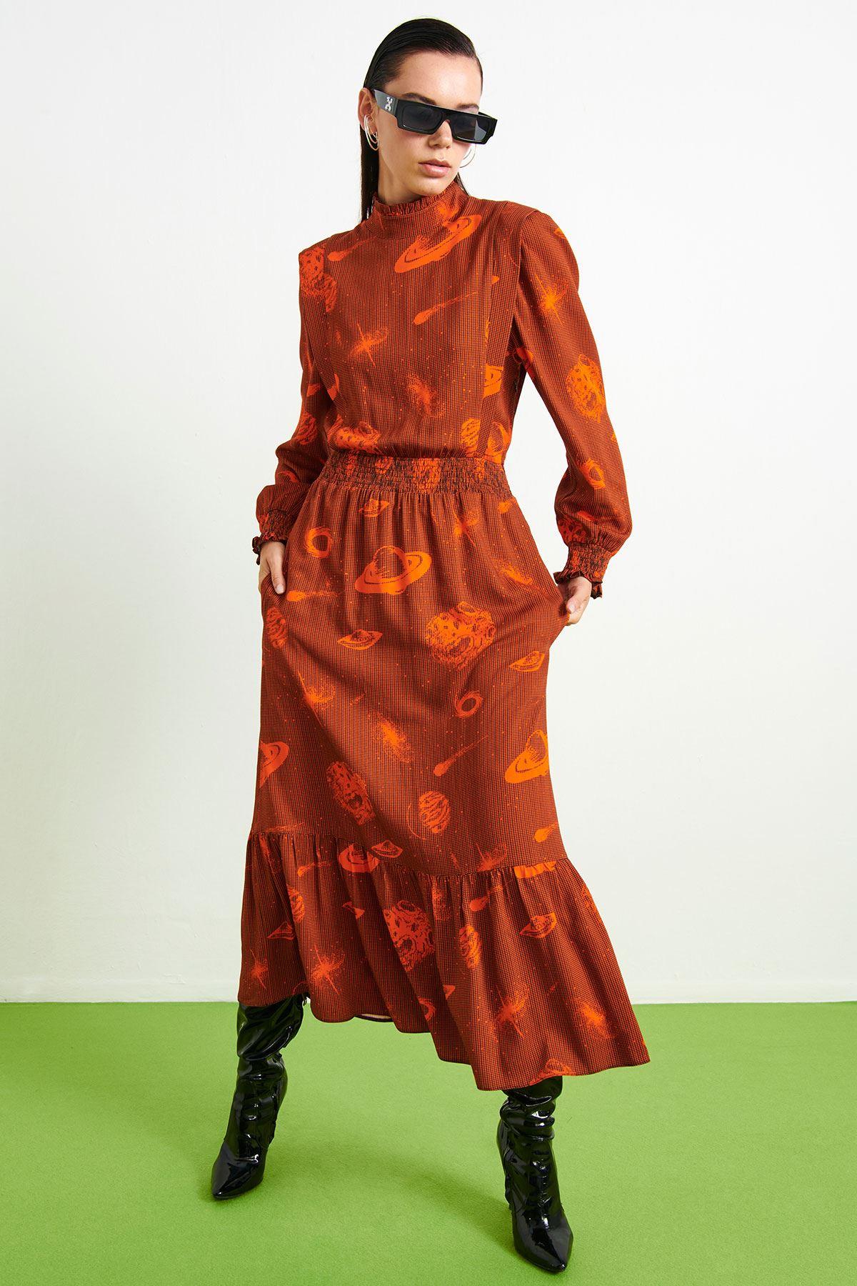 Galaksi Desenli Elbise Oranj