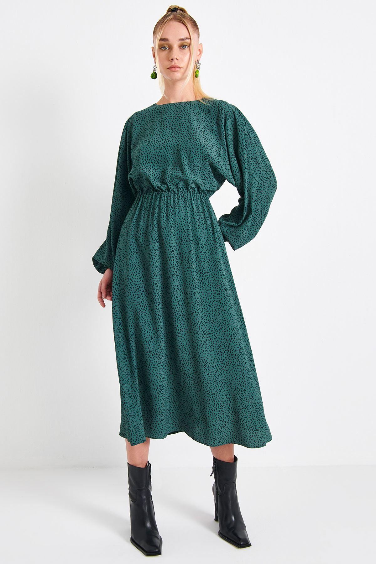 Puantiye Desenli Elbise Nefti Yeşili