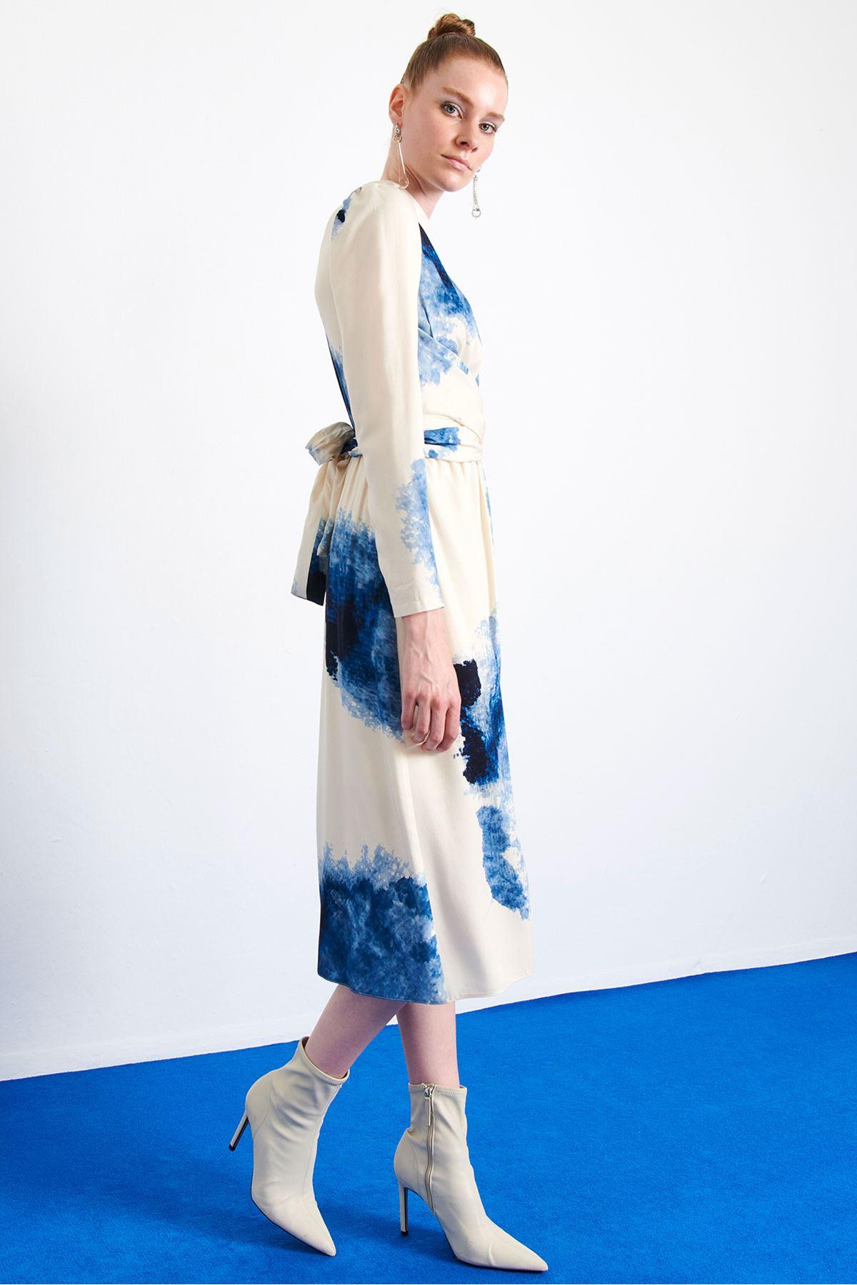 Batik Desen Elbise Bej