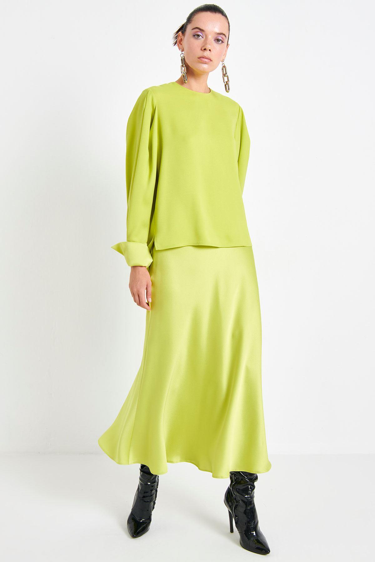 Crep Saten Bluz Fıstık Yeşili